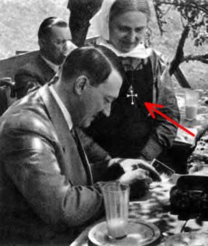 Hitler wśród katolików rodzinnego miasta